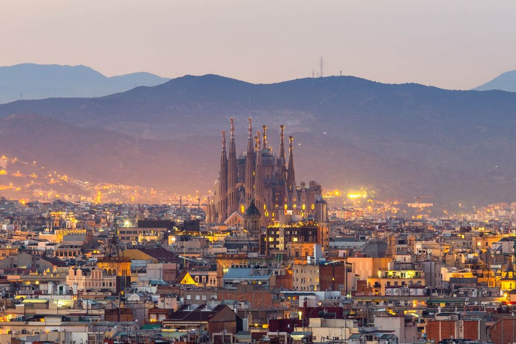 10THINGS YOU MUST DO IN BARCELONA 8