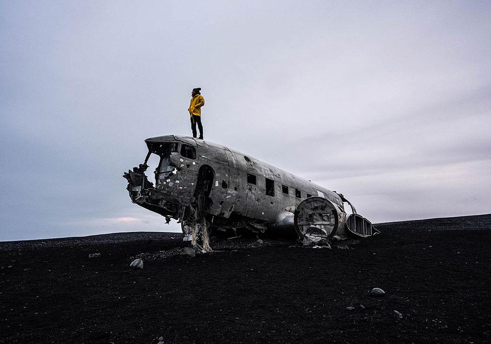 VISAS - ICELAND PLANE
